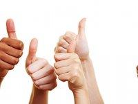 Klanten met verzekering waarderen begrijpelijke informatie van verzekeraars