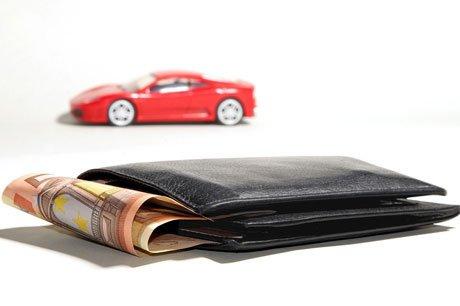 Sommige autoverzekeraars lieten de premies stijgen met 62%!