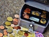 Zorgverzekeraars verzuimen om reserves in te zetten om de premiestijging te beperken volgens de Consumentenbond