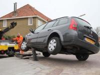 Paaltje geraakt? De nieuwe autoverzekering van InShared vergoedt de helft