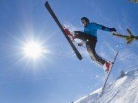 Reisverzekeringen met wintersportdekking schieten tekort bij medische kosten