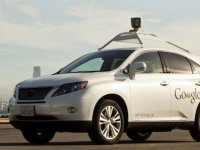 Autofabrikanten kunnen mogelijk straks met zelfrijdende auto profiteren van de expertise van autoverzekeraars